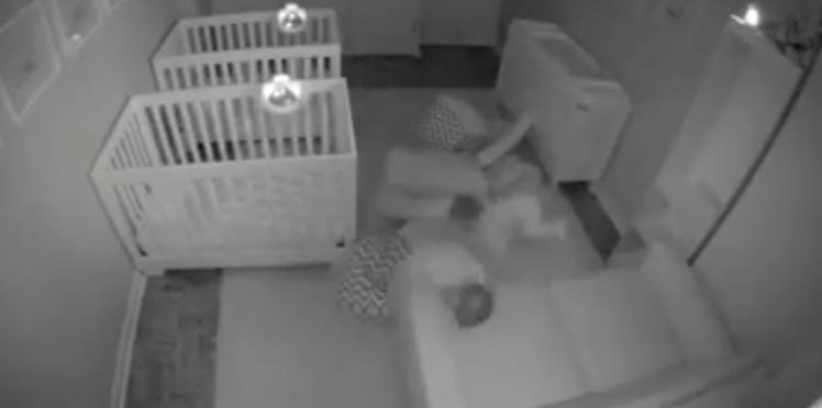 Découvrez les étranges activités nocturnes de ces adorables jumeaux