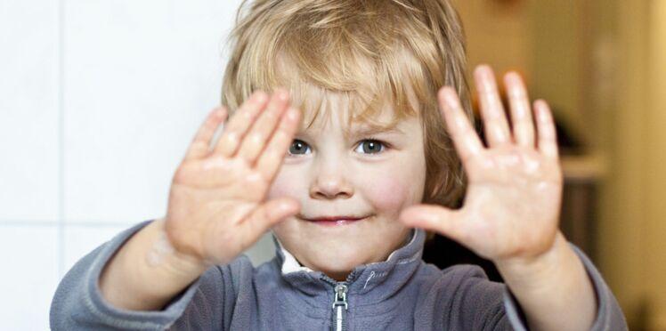 Gel hydroalcoolique : à éviter chez les enfants