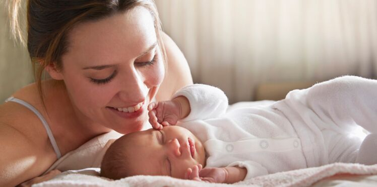 Les mères peuvent transmettre leur « grossophobie » à leur bébé
