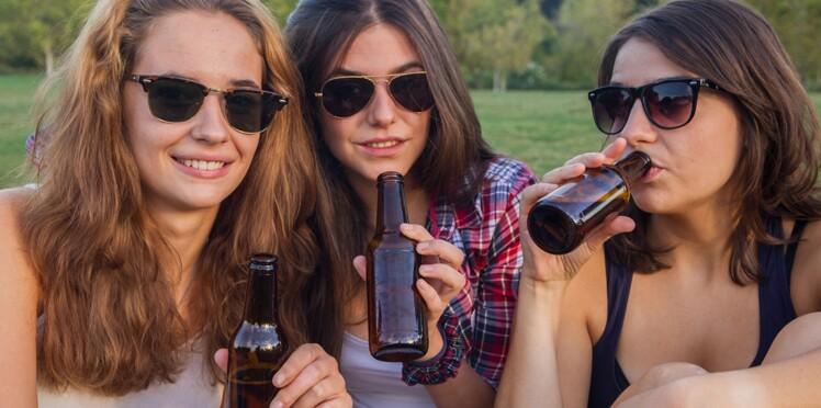 Cannabis, alcool, tabac : les jeunes expérimenteraient plus tard qu'il y a dix ans