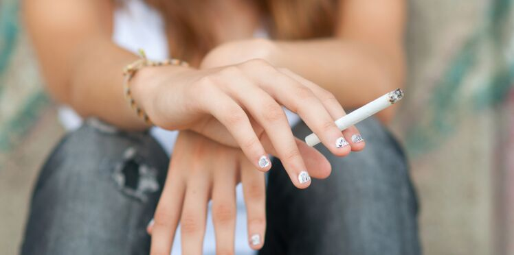 Pourquoi les jeunes consomment moins de tabac, de cannabis et d'alcool