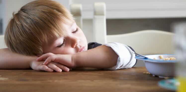 Les nuits des enfants sont de plus en plus courtes : comment  les aider à garder le bon rythme ?