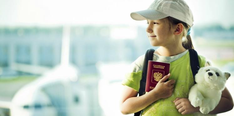 Comment occuper Junior en avion ? Misez sur des activités manuelles !