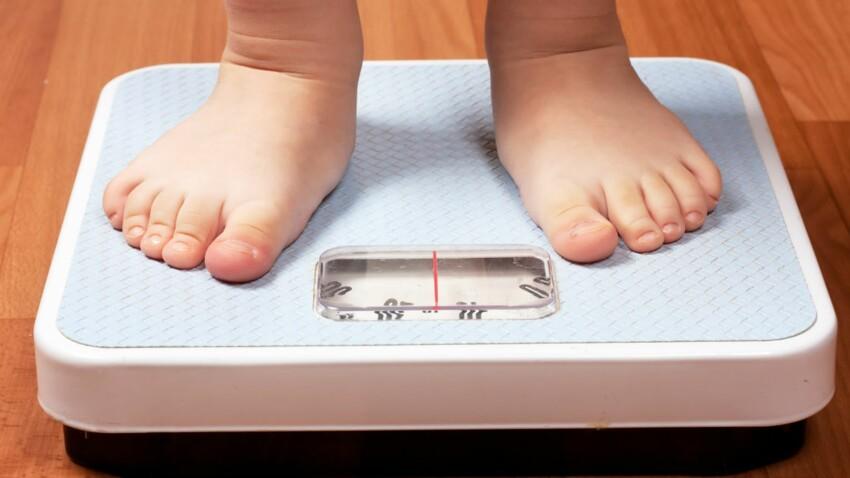 Parents, votre regard peut influencer le poids de vos enfants