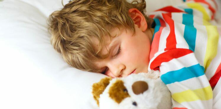 L'apnée du sommeil touche 5% des enfants : comment reconnaître ce syndrome?