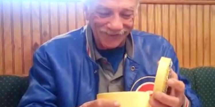 Buzz vidéo : un homme découvre qu'il va être grand-père…