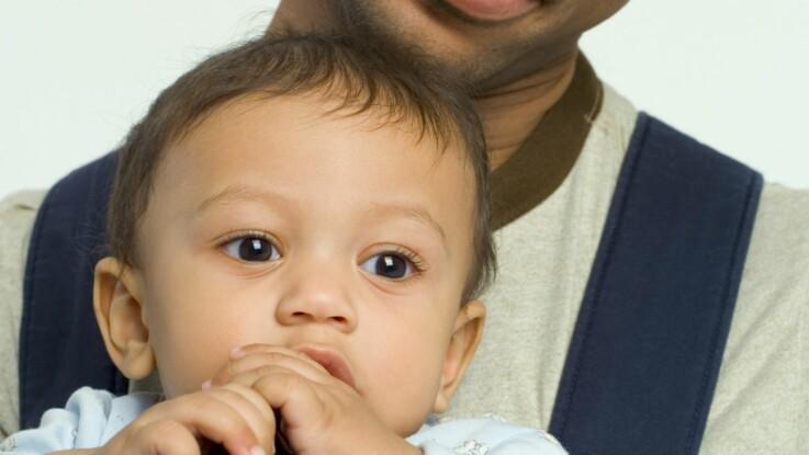 Pourquoi les papas n'aiment-ils pas utiliser un porte-bébé?