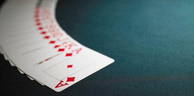 Comment lire l'avenir avec un jeu de 32 cartes