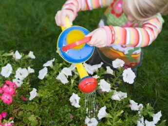 Arroser son jardin en cas d'absence : nos conseils