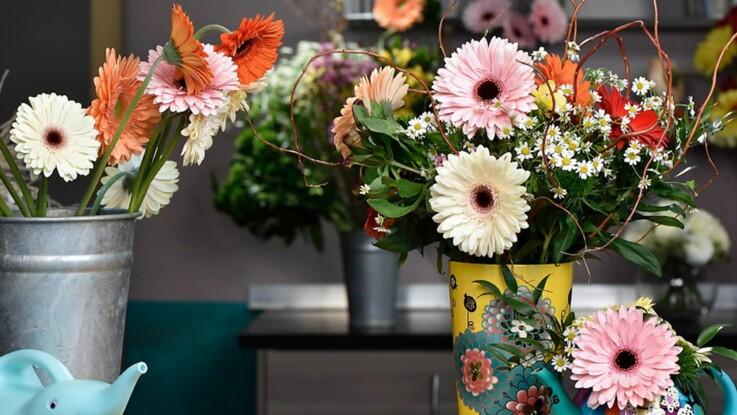 Vidéo : un bouquet de gerberas à faire soi-même