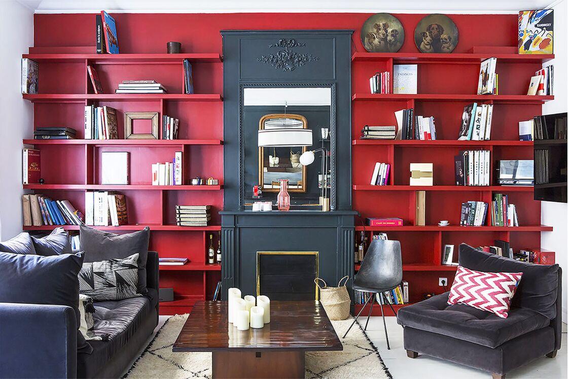 Salon rouge : 16 idées de décoration et nos accessoires coup de