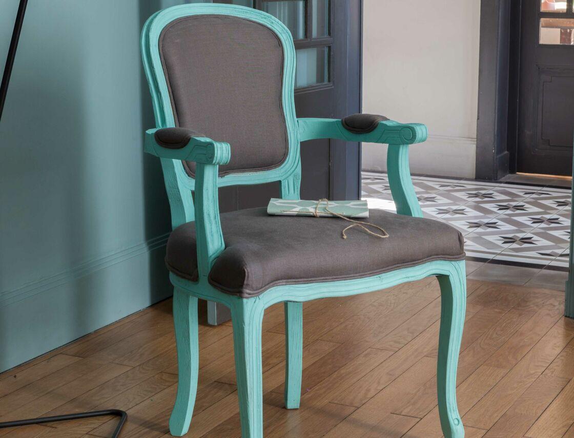 Relooker Un Fauteuil Voltaire peinture : comment relooker un fauteuil : femme actuelle le mag