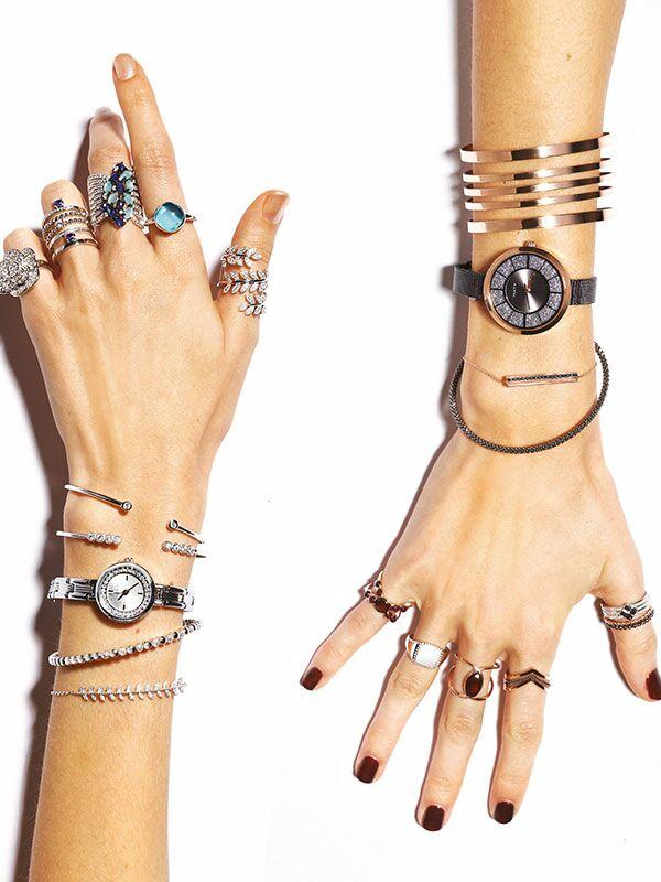 df42d4a79f7 Le stacking »   cette manière très tendance de porter les bijoux ...