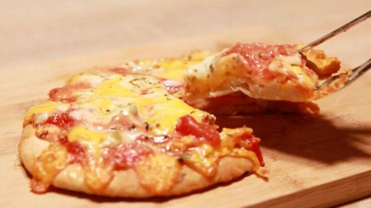 VIDEO - La pizza naan façon quatre fromages