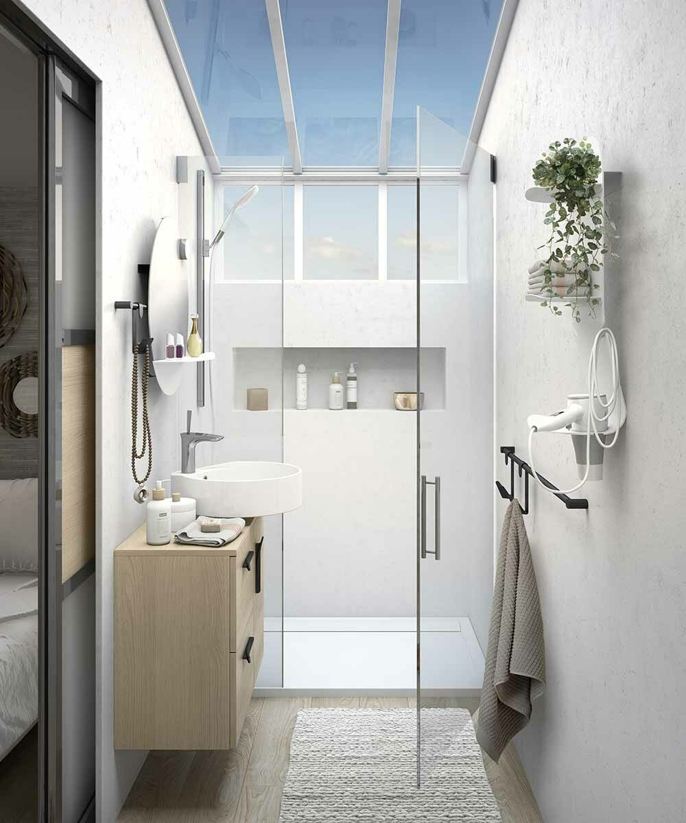 Photo Petite Salle De Bain Douche comment aménager une douche dans une petite salle de bains ? : femme