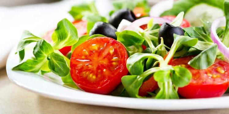 8 astuces de pro pour une salade équilibrée