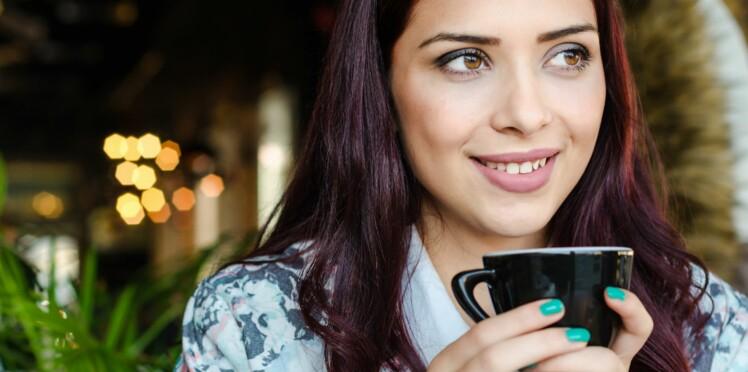 Charbon latte, la nouvelle boisson detox
