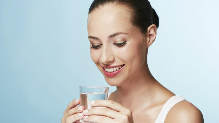 Pour brûler 200 calories, buvez trois verres d'eau supplémentaires chaque jour