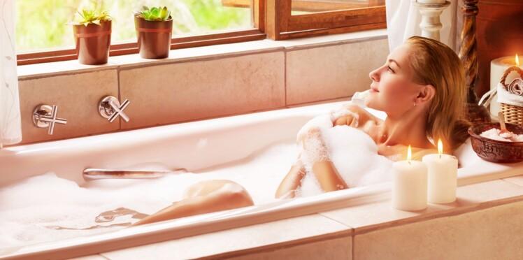 Brûler des calories : prendre un bain chaud plus efficace que marcher 30 minutes ?