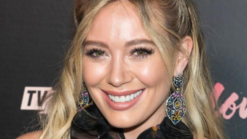 Hilary Duff, moquée pour ses rondeurs et ses vergetures, répond aux attaques des internautes