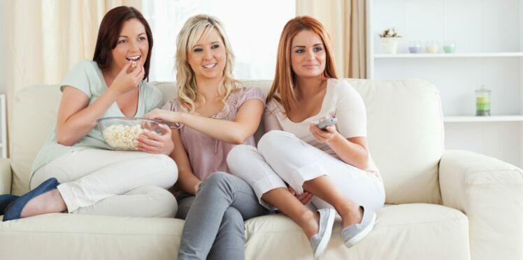Manger devant la TV, une vraie mauvaise idée