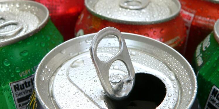 Perdre du poids en remplaçant les sodas par de l'eau