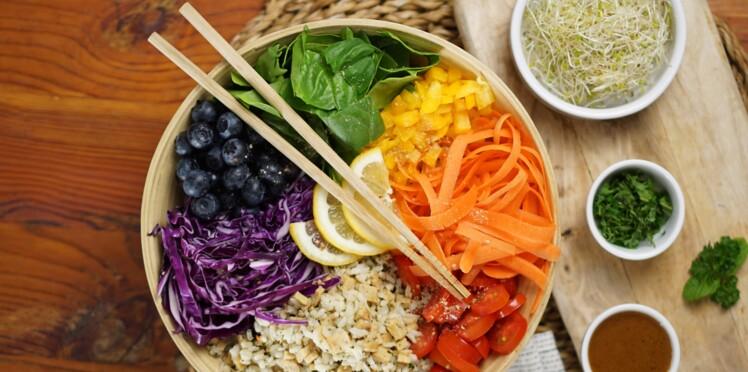 10 recettes de salades gourmandes et bonnes pour la ligne