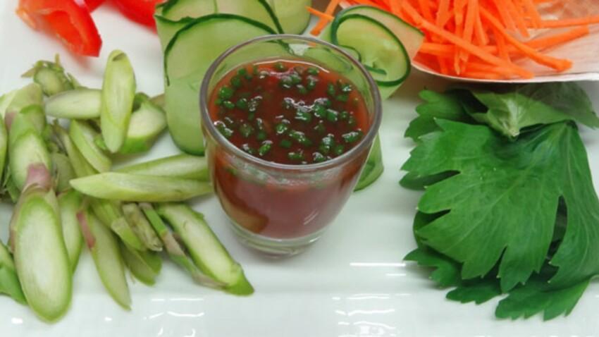 Vinaigrette légère à la tomate : la recette en vidéo