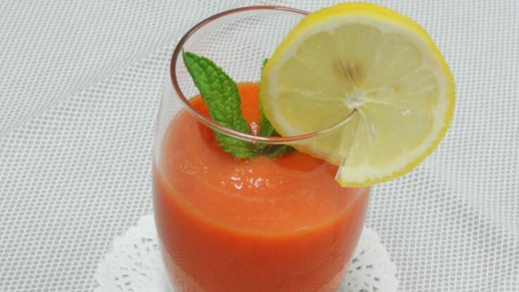 Vidéo : la recette du cocktail minceur et bonne mine