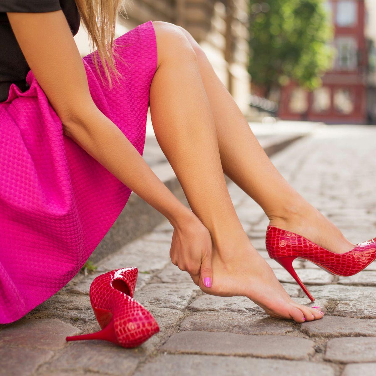 5 astuces pour agrandir des chaussures trop petites : Femme