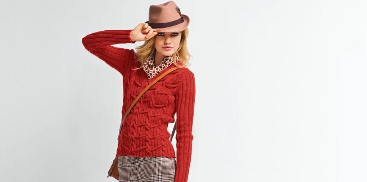 Un pull ajusté à tricoter