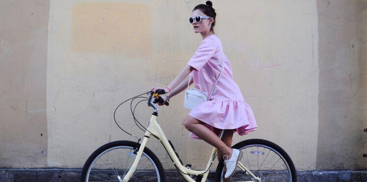 5 trucs pour bien porter le rose (sans ressembler à Barbie)