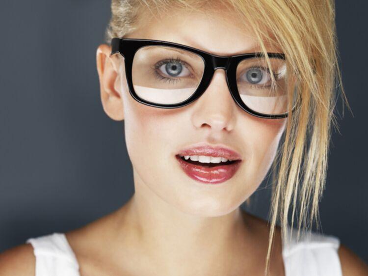 Comment bien choisir ses lunettes   - Choisir ses lunettes selon son visage    Femme Actuelle Le MAG 20d90586b047