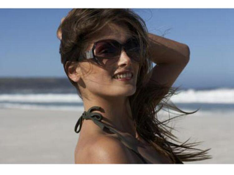 Et l esthétique dans tout ça   - Comment choisir ses lunettes   Femme  Actuelle Le MAG a261dac447f9