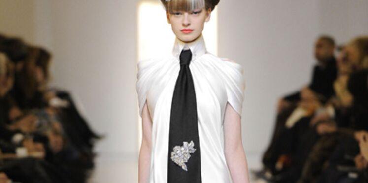 Défilés Haute Couture printemps/été 2010 : élégance et sobriété