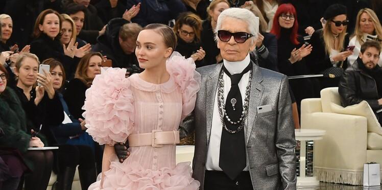 Lily-Rose Depp, star du défilé Chanel haute couture