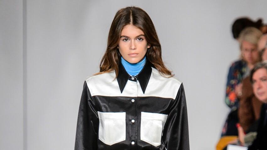 La fille de Cindy Crawford défile pour Calvin Klein