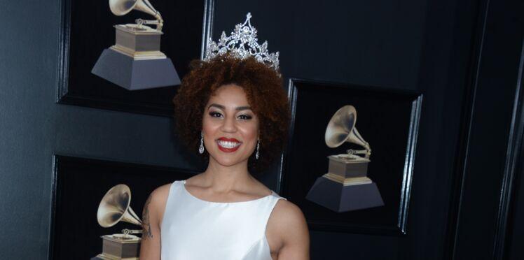 PHOTO-Grammy Awards 2018 : La robe anti avortement d'une chanteuse fait scandale