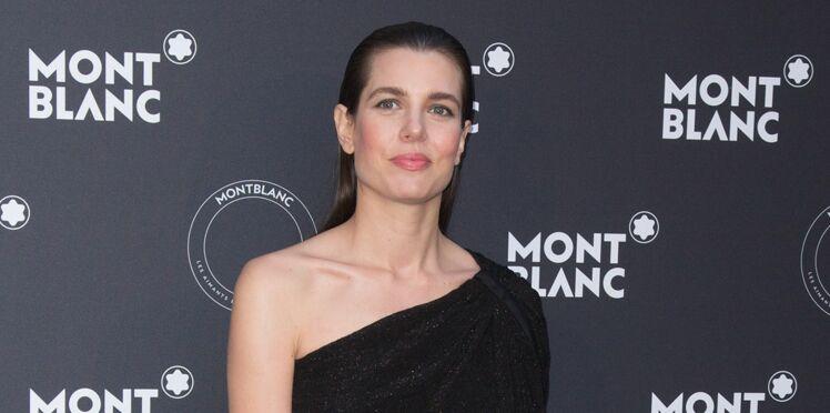 Charlotte Casiraghi, ultra chic en petite robe noire à Cannes