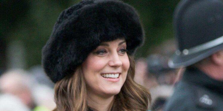 Kate Middleton, enceinte et sublime dans un manteau écossais Miu Miu pour les fêtes