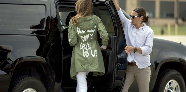 Melania Trump choque et divise avec une veste à message lors de sa visite aux enfants de migrants