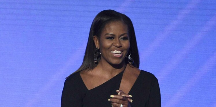 Photo - Michelle Obama sexy en petite robe noire