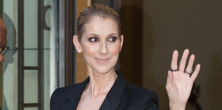 Photos - Céline Dion montre son soutien-gorge dans une tenue très sexy