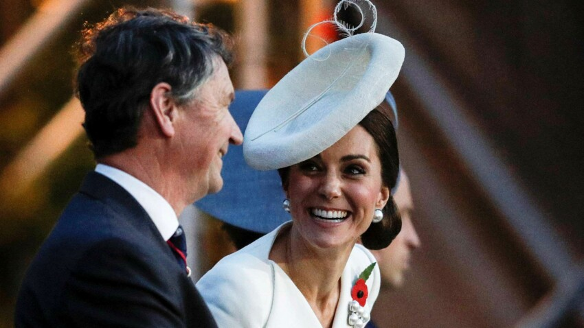 Photos - Kate Middleton, ravissante en robe blanche