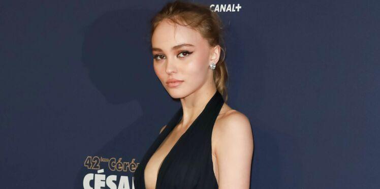 Photos - Lily-Rose Depp ultra sexy sur le tapis rouge des César
