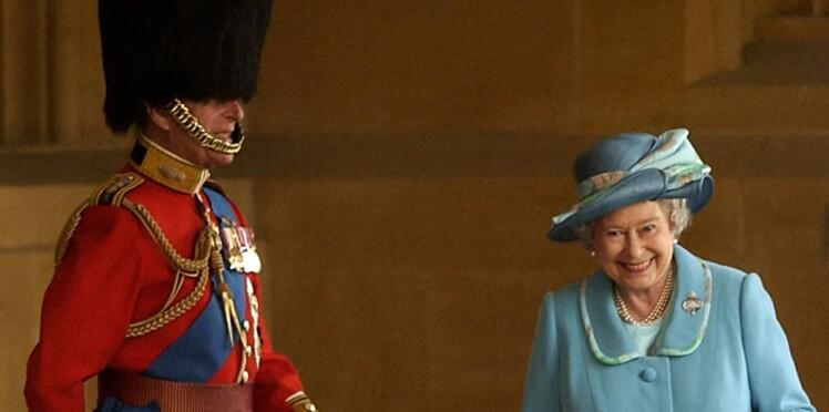 Protocole vestimentaire : découvrez ce que la reine d'Angleterre n'a pas le droit de porter
