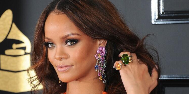 La chanteuse Rihanna lance sa propre ligne de bijoux