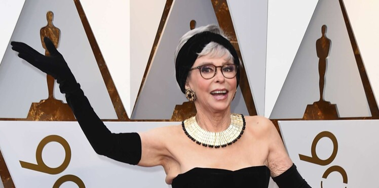 Rita Moreno, l'actrice de West side story, reporte la même robe qu'en 1962 pour les Oscars 2018