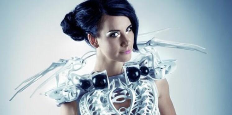 Des vêtements futuristes qui s'illuminent en fonction du rythme cardiaque