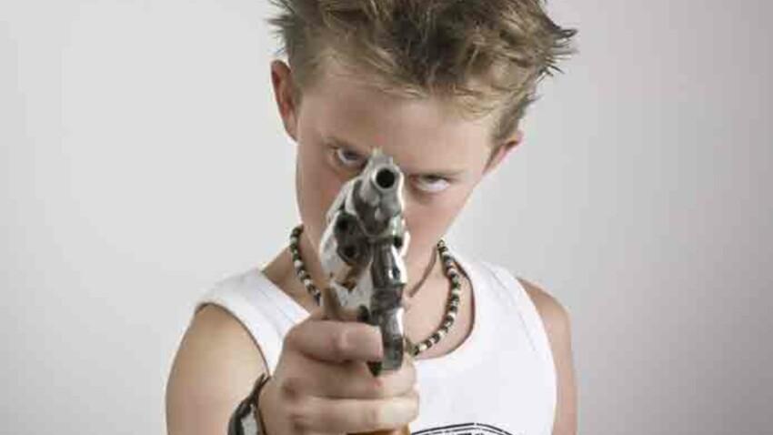 Il est accro aux pistolets